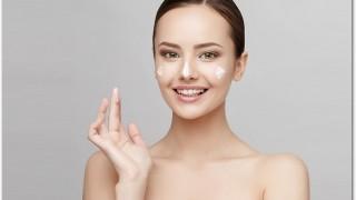 ソフィーナ プリマヴィスタ皮脂くずれ防止化粧下地は肌につけるとサラサラになります!