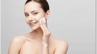 ハトムギ化粧水は様々な使い方ができる?大人ニキビにも効く?